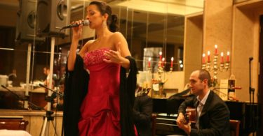 Chanteuse de Fado - Cafe Restaurant Guarany - Porto