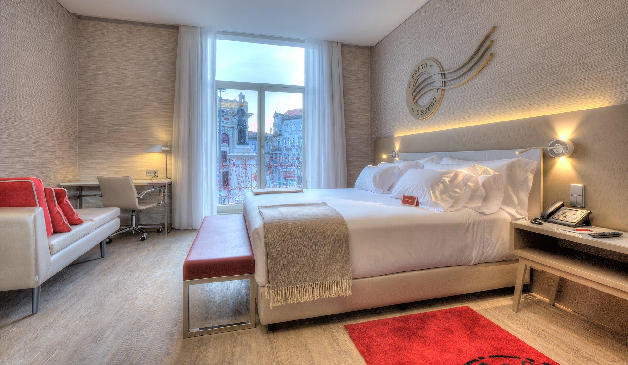 Chambre Premium avec balcon - NH Collection Porto Batalha - Hotel 4 etoiles - Porto