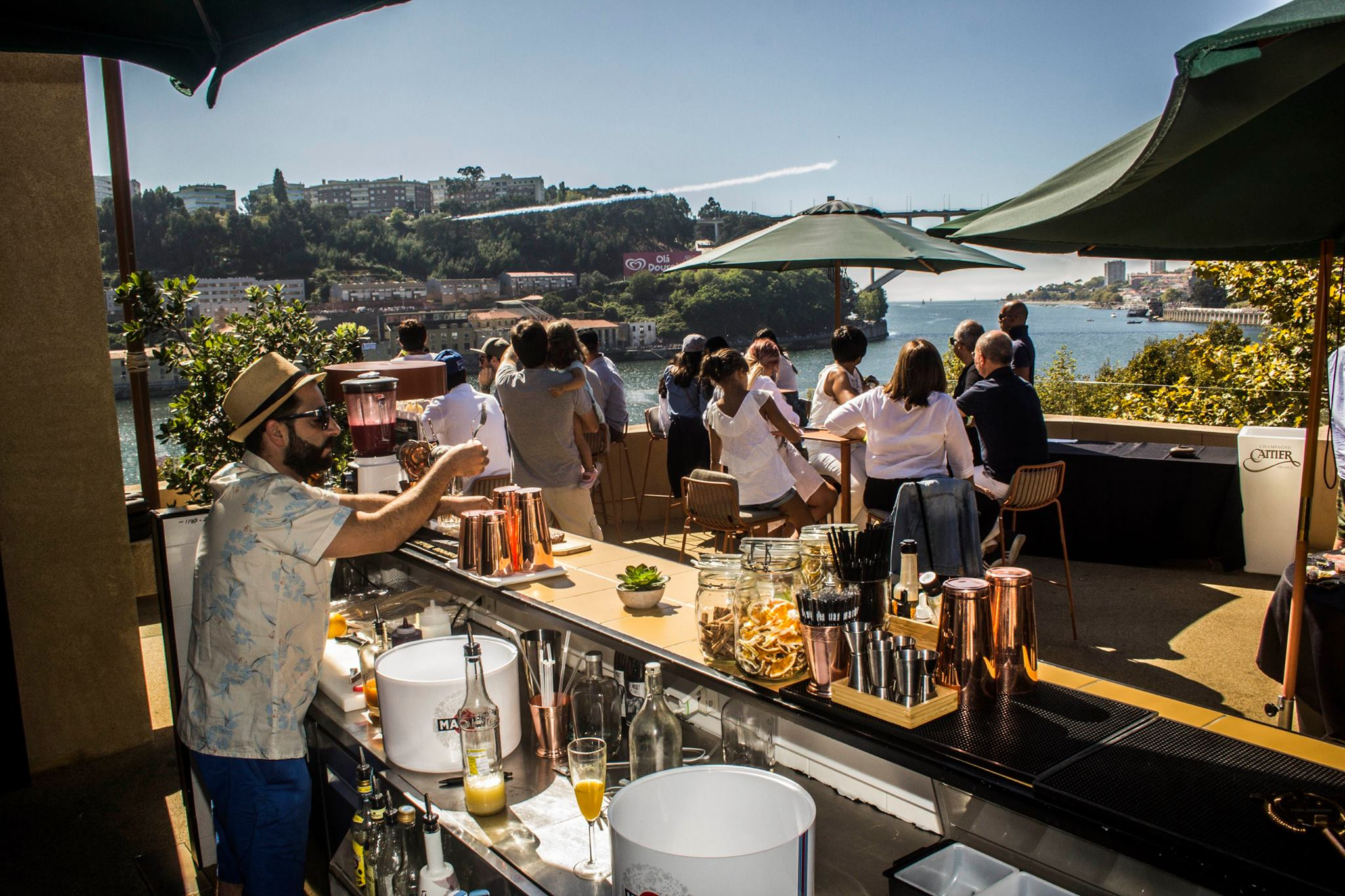 Terrasse Douro Sky Lounge - Hotel Vincci Porto