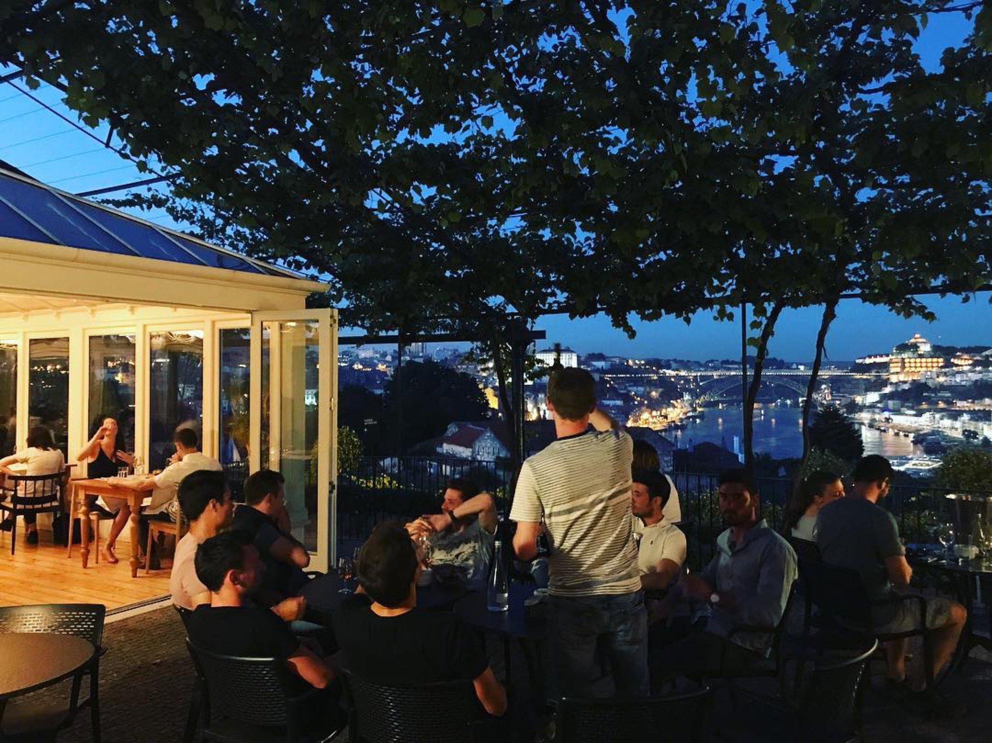 Terrasse - Rooftop - Vinum Restaurant Bar - Caves Porto Grahams - Vila Nova de Gaia - Porto