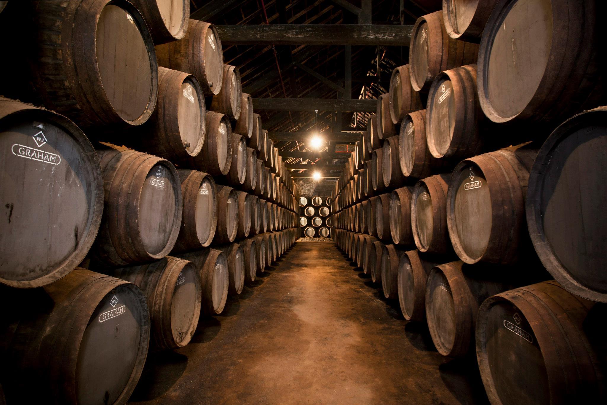 Stock de tonneaux de vin de Porto - Cave Grahams - Grahams 1890 Lodge