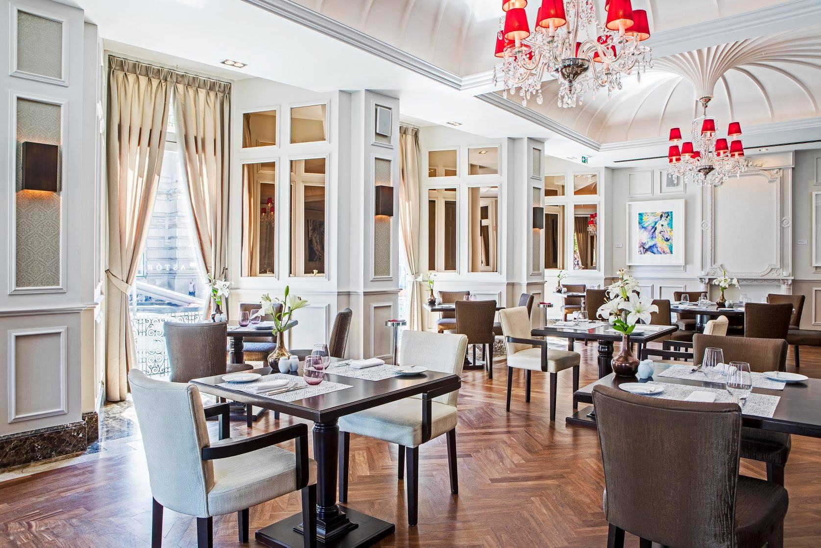 Salle principale restaurant Astoria - Hotel Intercontinental Palacio das Cardosas - Porto