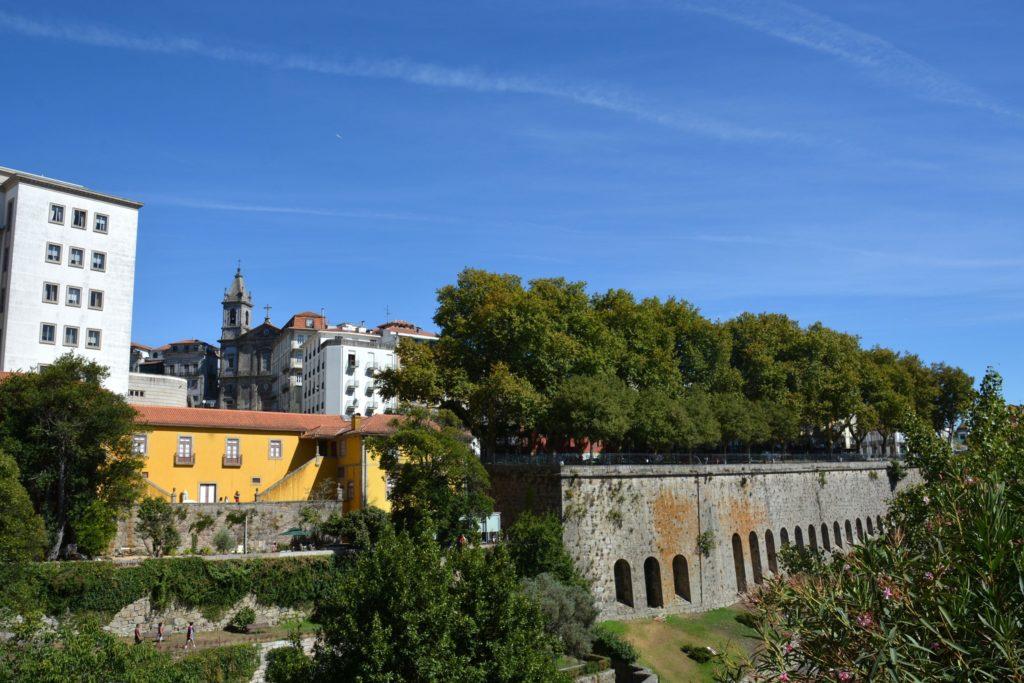 Passeio et Jardim das Virtudes - Espace vert avec vue sur Porto