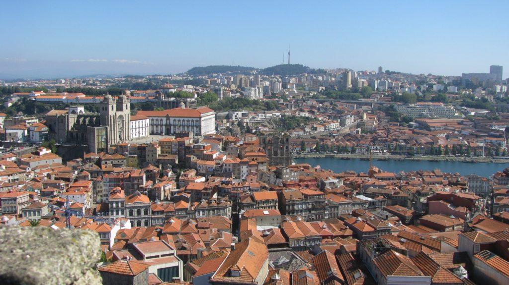 Vue sur Porto - Vila Nova de Gaia et le Douro depuis la Tour des Clercs - Torre dos Clerigos - Porto